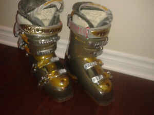 Bottes HEAD Femme taille 230-235 mm