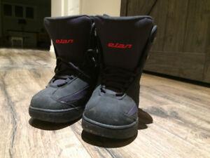 Elan Kids Snowboard Boots Size 4