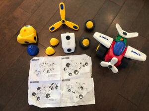 TOMY Constructables Toy