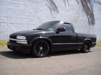 Looking for regular cab s10