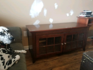 TV stand for sale - paid 300 brand new asking 40 obo