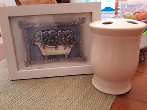Picture and toothbrush holder