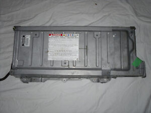 2004-2009 Toyota Prius Hybrid battery (Reconditioned) Cornwall Ontario image 1