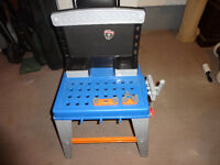 Handyman Workbench and tools/acessaries