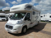 LUNAR GOLDSTAR 640 / 6 BERTH / FRENCH BED / SOLAR / AWNING / BIKE RACK
