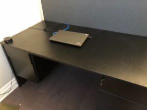 Home/office desk in excellent condition.
