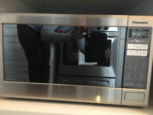 "Panasonic Microwave with 24"" Trim Kit"