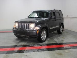 2010 Jeep Liberty Limited   - Sunroof - Heated Seats - UCONNECT