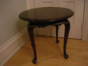 Gibbard Solid Mahogany Round Lamp/End Table