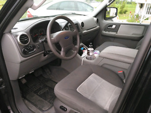 Ford Expedition 4x4 8passagers