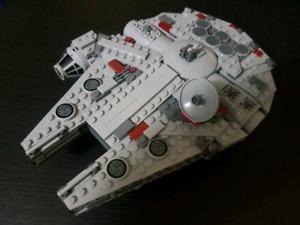 Lego Star Wars 7778 Midi Falcon