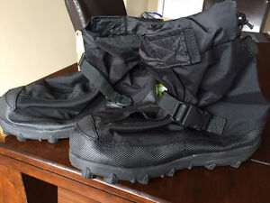 NEUF! Couvre bottes Neos (Overshoes)