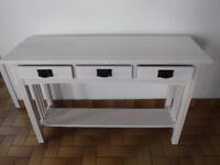 Professional and Affordable Furniture Refinishing