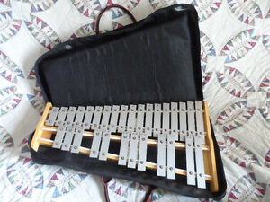 Pearl Student (Xylophone) Bell Kit W/ Practice Pad & Case