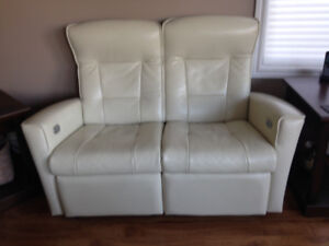 2 seater leather Ekornes love seat
