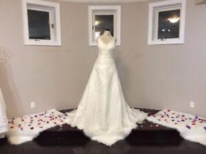 OVER 100 WEDDING DRESS SPECIAL