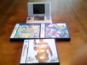 Nintendo DS plus Call of Duty and Pokemon