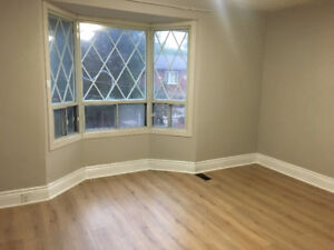 Renovated room for rent downtown Toronto Bloor subway