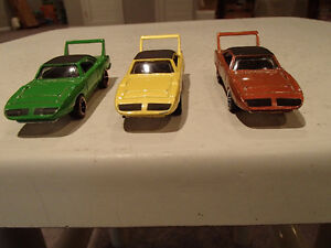 Loose 3 Hot Wheels 1970 Plymouth Superbird 1:64 diecast car. Sarnia Sarnia Area image 8