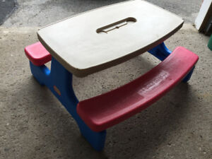 LITTLE TIKES Kids Picnic Table