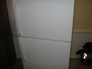 30 INCH WHITE FRIDGE