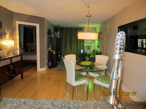 LUXUEUX CONDO TOUT MEUBLÉ - DOWNTOWN ALL FURNISHED CONDO