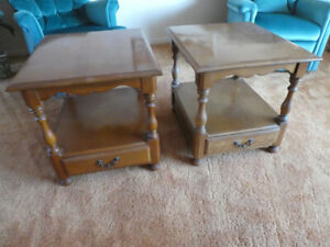 LIVING ROOM END TABLES   (DARTMOUTH)