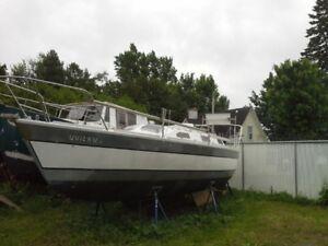 Voilier 34 pieds   Atou 1985 modèle Elfea