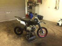 125cc pitbike running perfect £280