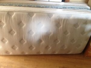 DreamStar PillowTop Twin bed wth/boxpring Stratford Kitchener Area image 1