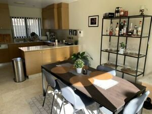 Room in 3 bedroom shared townhouse in Maroubra - furnished