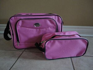 Set of 2 pink luggage bags travel cabin bag and toiletries bag