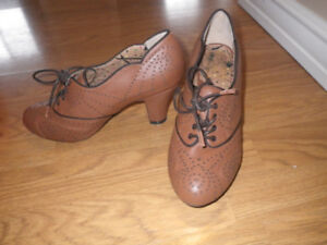 Women's Heels Leather Oxford Brogues