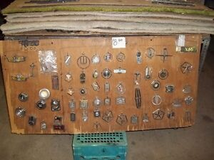 Nameplates,Emblems,Hood Ornaments,Medallons,Horn Buttons,Badges