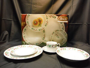 Christmas dishes - Gibson