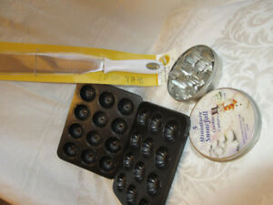"baking Wilton 15"" cake knife spatula+ cookie cutters + molds"