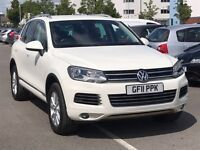 Volkswagen Touareg 3.0 V6 TDI SE BLUEMOTION TECHNOLOGY (white) 2011