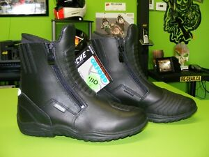 OXFORD - Waterproof Boots - Two Types - Various Sizes at RE-GEAR Kingston Kingston Area image 3