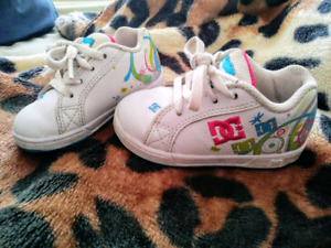 6T girls shoes