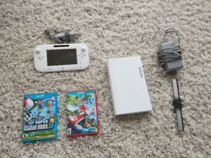 Wii U set with two games (almost never used)