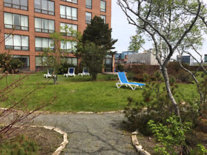 Quick closing possible! Charter House condo with a balcony!!