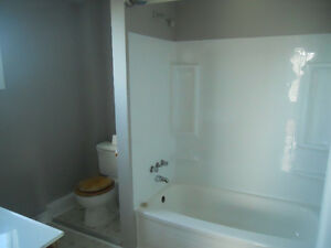 Investment or live in, 2 apt, 2 story, close to mun St. John's Newfoundland image 4