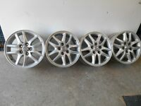 "4 Mags Toyota 16"" comme neuf"
