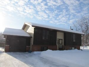 BOBCAYGEON HOUSE RENTAL
