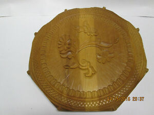 Wood carved with Floral Design wall plaque Kitchener / Waterloo Kitchener Area image 1