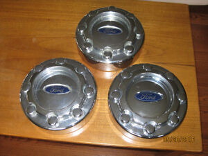 2005-11 Ford SuperDuty Wheel cover