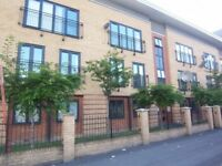 2 bedroom flat in Old Birley Street, Manchester, M15