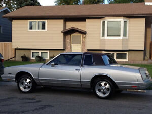 1985 Chevrolet Monte Carlo Coupe (2 door)