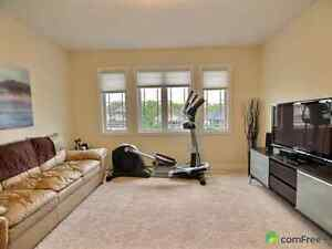 Leather Bone Coloured Couch <10 years old London Ontario image 2