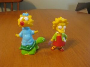 SIMPSONS LISA AND MAGGIE  PVC FIGURES